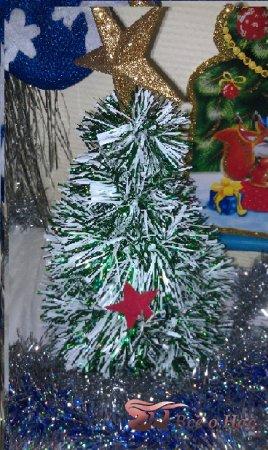Новогодняя елочка своими руками из проволоки и мишуры